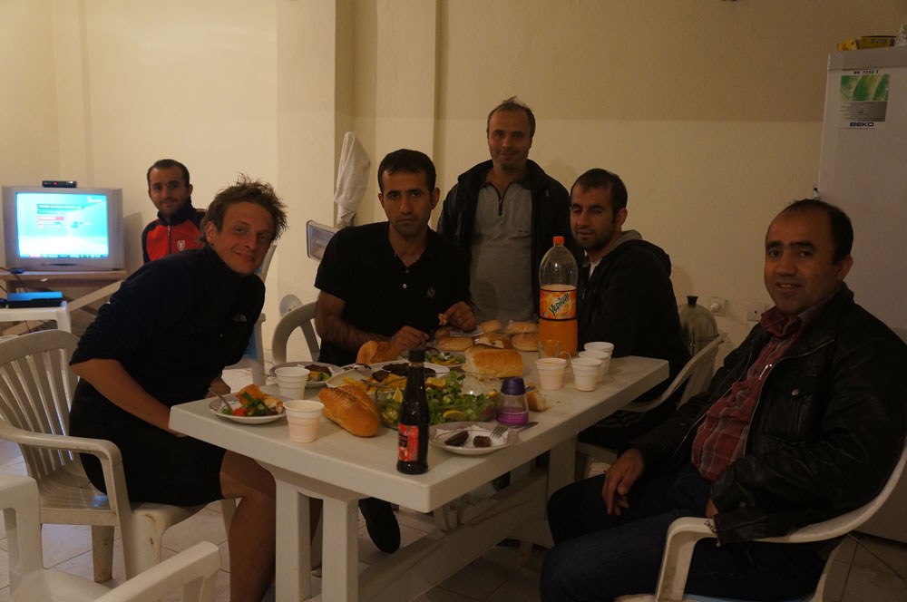 kurdyjska-ekipa-papu