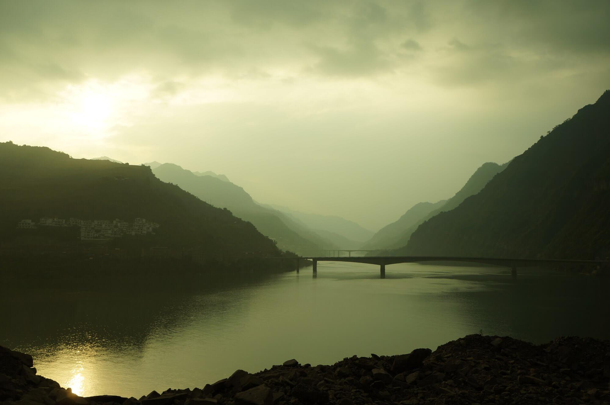 Jeszcze tylko przeprawa przez rzekę Jangcy, i już jesteśmy w prowincji Junnan