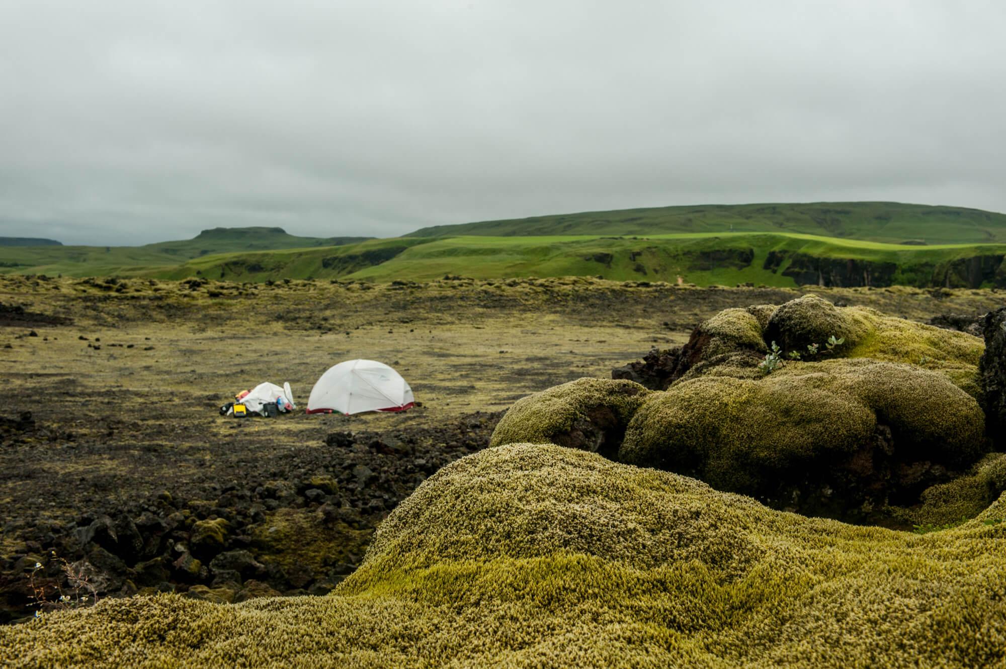 namiot-pole-lawy-islandia