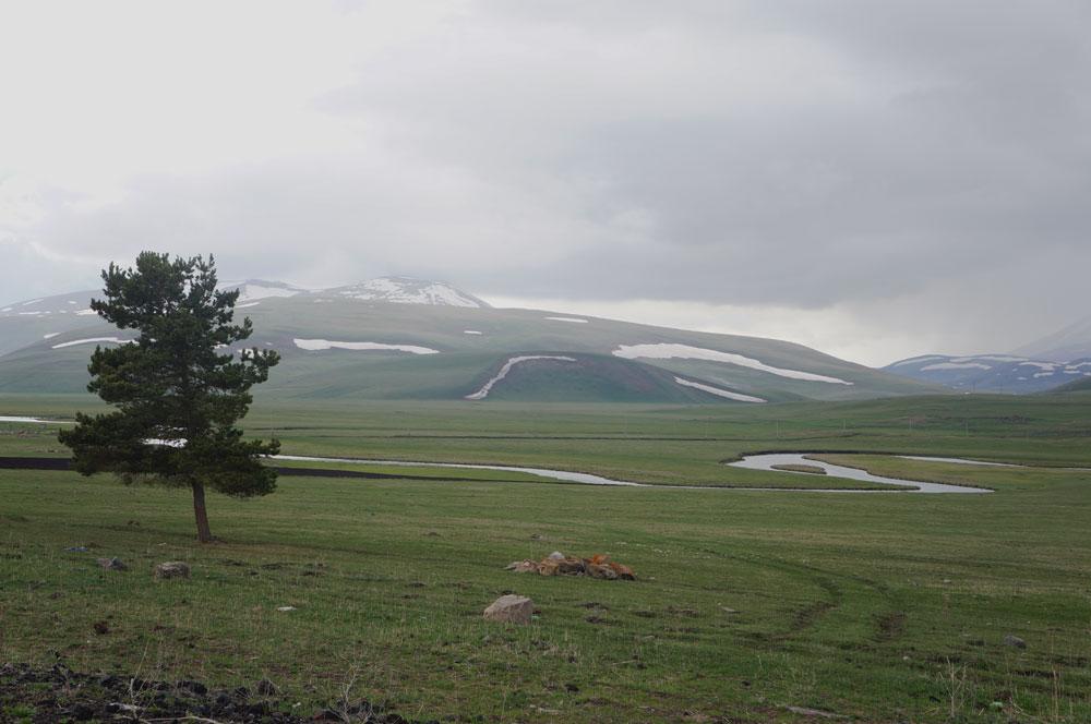 Pogoda na płaskowyżu w centralnej części kraju nie rozpieszczała