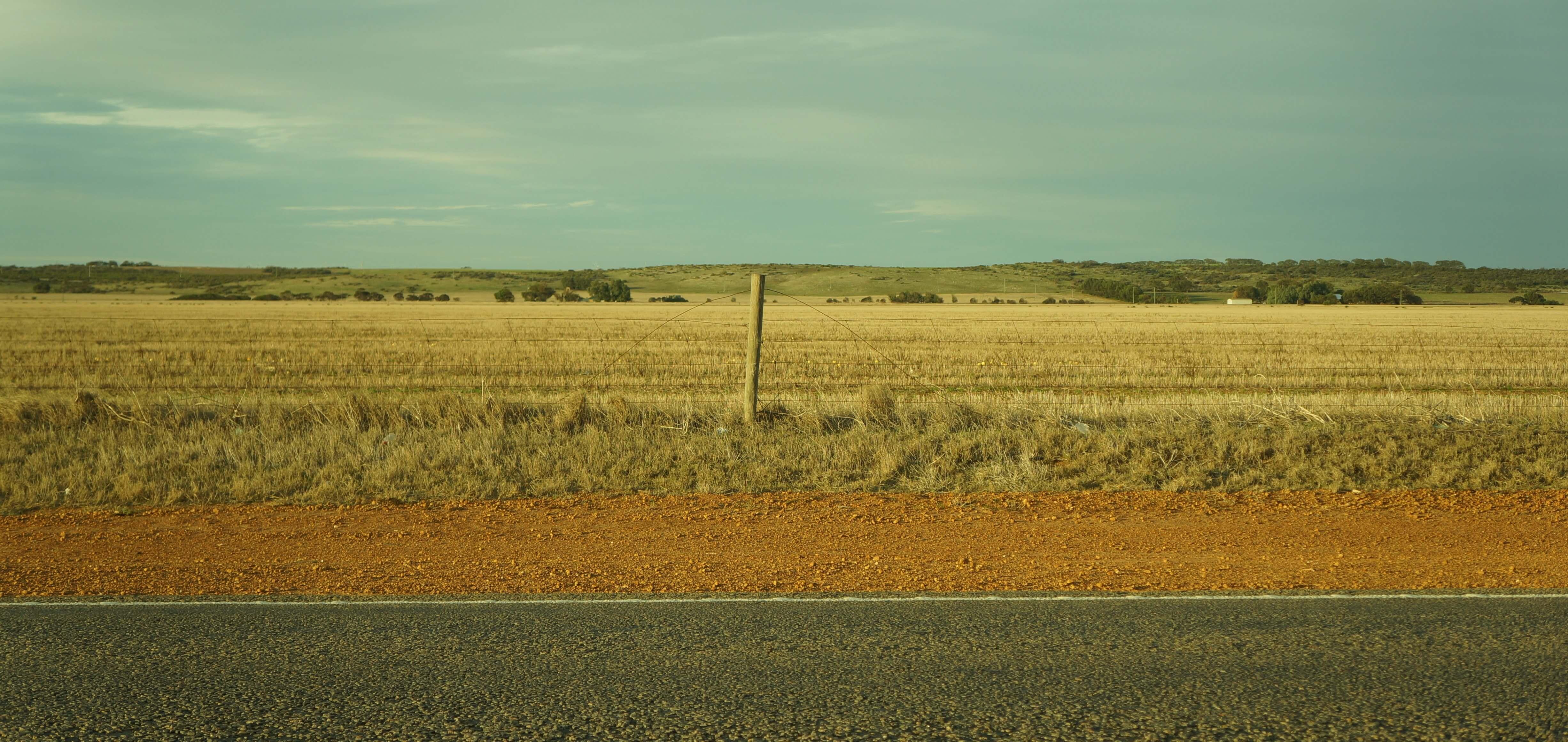 australia-outback-plot